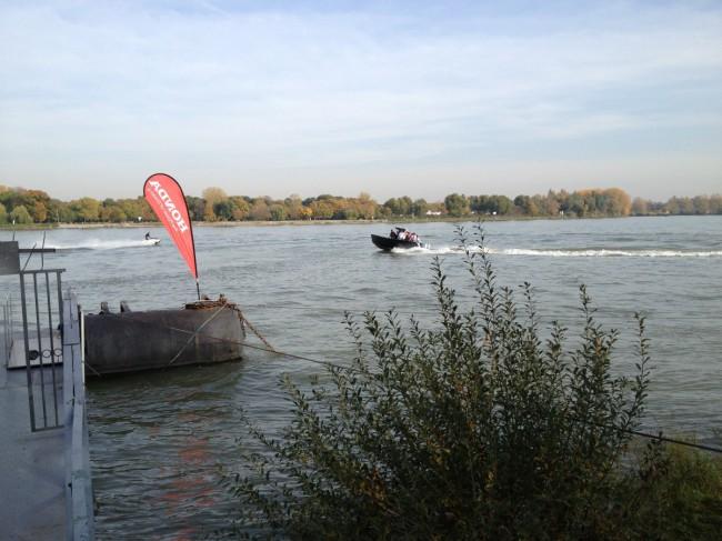 Speedboat-Erlebnis auf dem Rhein