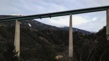 Zu Fuß auf der Europabrücke
