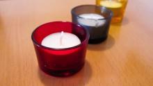Gemütliche Atmosphäre schaffen durch Kerzen