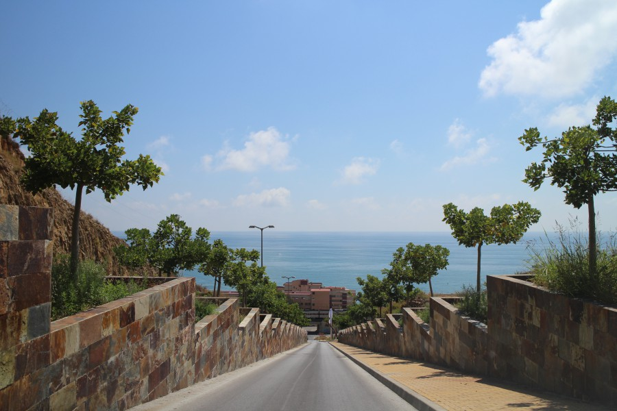 Straße zum Meer Fuengirola