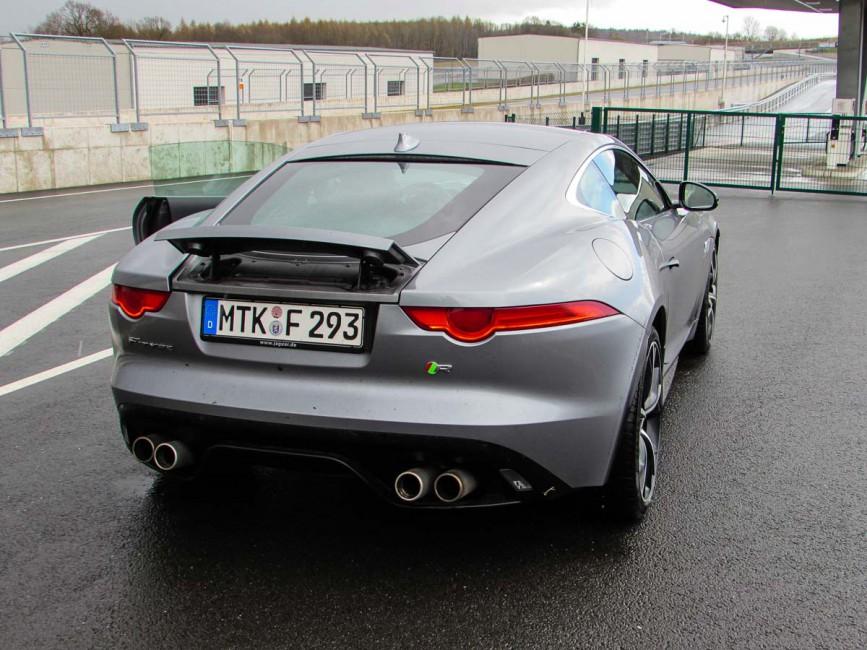 Jaguar F-Type R Heck