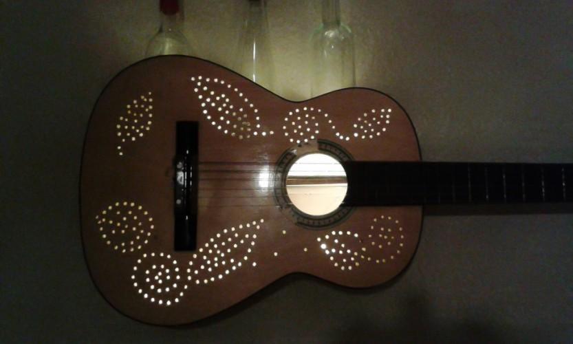 Gitarre Lampe (1 von 1)